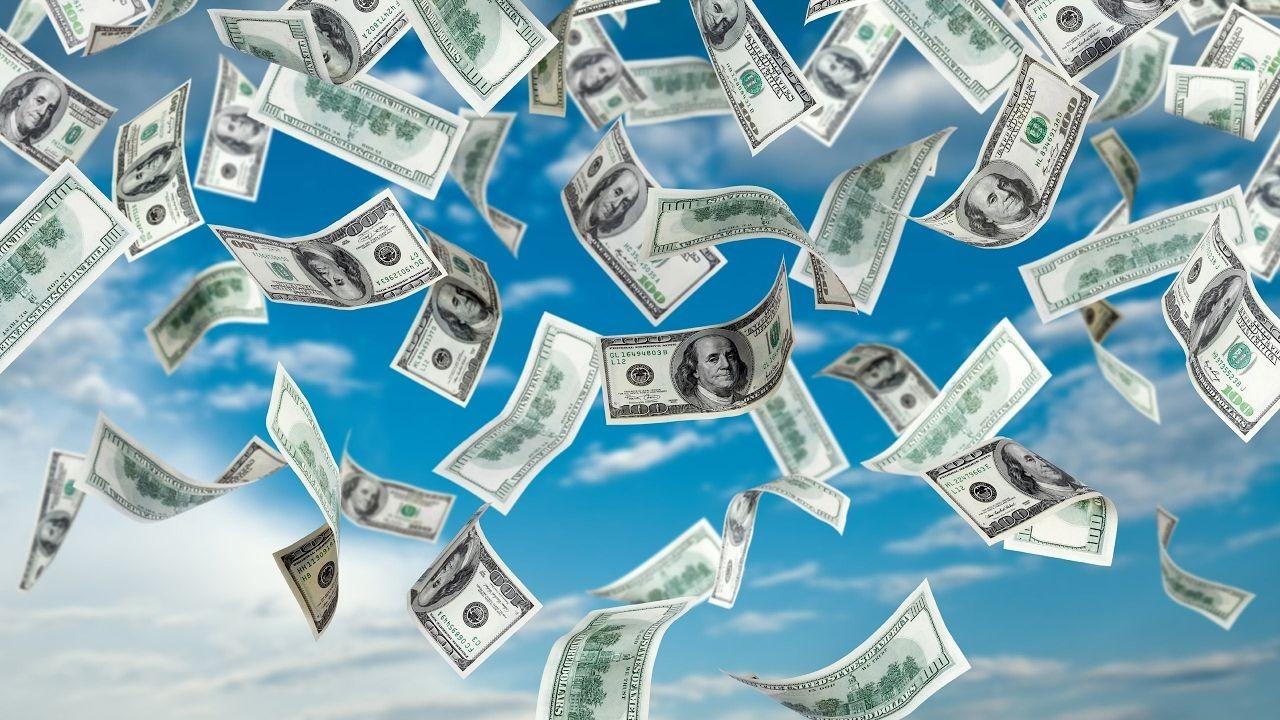 Деньги из воздуха в период глобальной экономической неопределенности